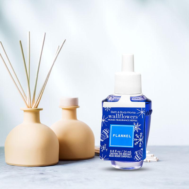 Tinh dầu khuếch tán Flannel Wallflowers Fragrance Refill
